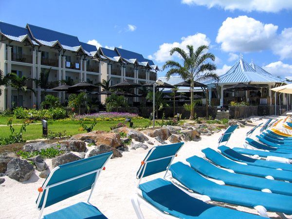 Exotic vacations the leaders in travel to pearle beach for Design hotel mauritius